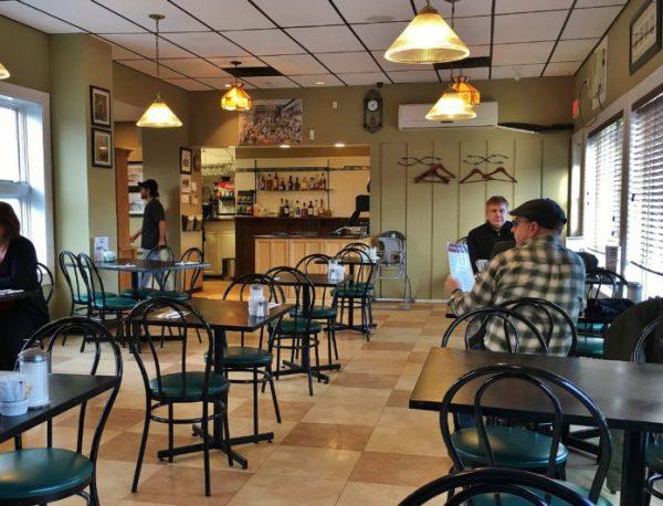 nội thất quán cafe đẹp cổ điển